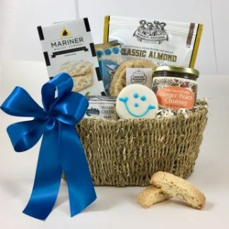 Basket of Pittsburgh specialized in large volume welcome gifts for the Pittsburgh Market. The best gift baskets in Pittsburgh. This gift features local favorites and is widely used for convention gifts, wedding gifts, corporate and welcome to Pittsburgh gifts, Large quantity orders welcome. Custom design gift baskets.
